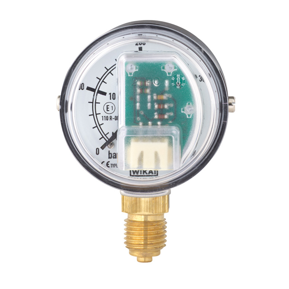 Bourdon tube pressure gauge with stepped electrical output signal Wika